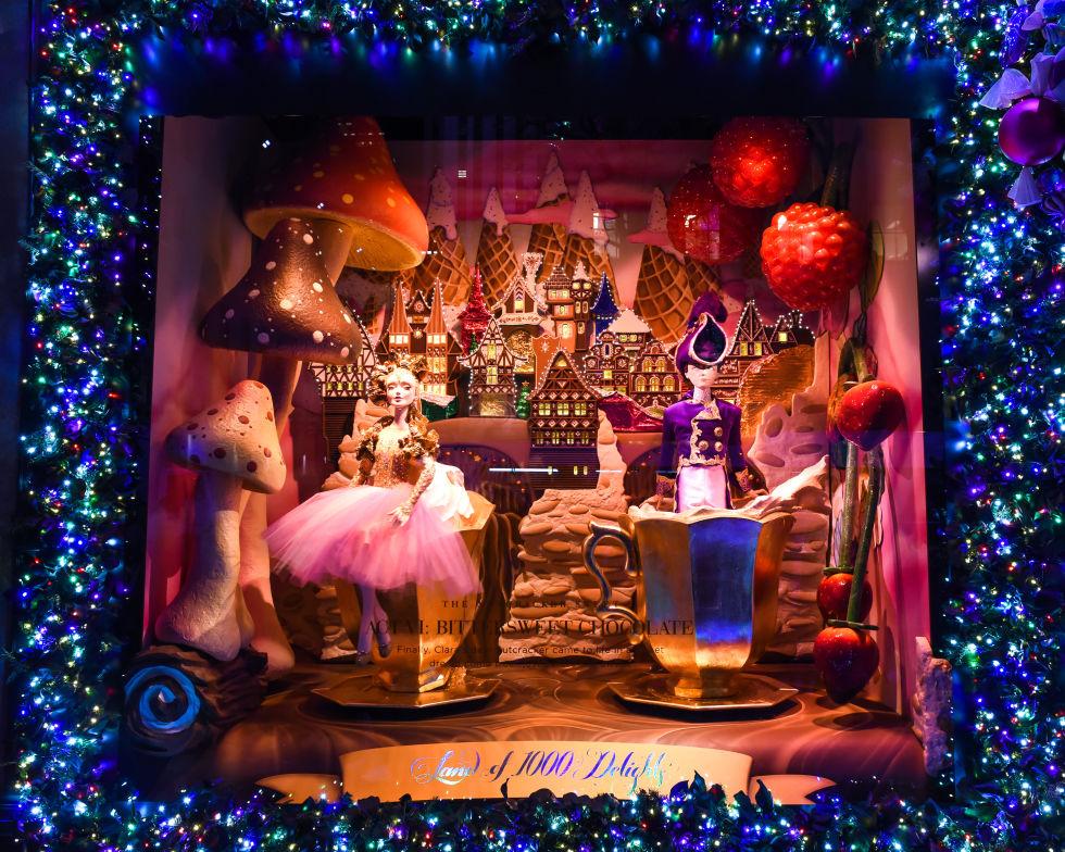 1480612606-saks-holiday-nutcracker-sweet-19