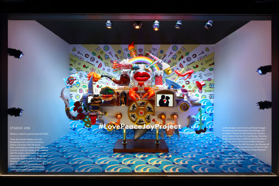 1480612647-barneys-new-york-madison-holiday-window_studio-job